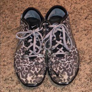 Black & White Cheetah Nike's Size 8